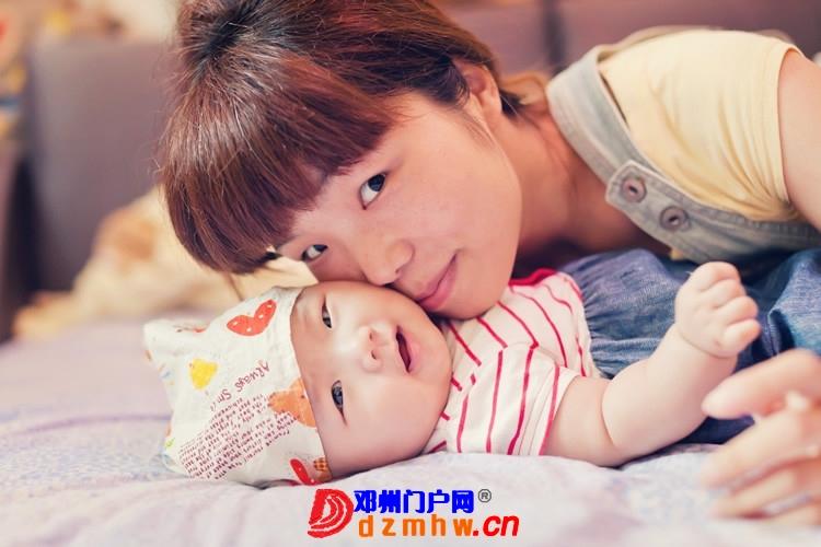 同事帮我在家给我女儿拍的写真,4个月大。挺给力的阿 - 邓州门户网|邓州网 - 170488_a0ad1375930735e162e08da3e7b30.jpg