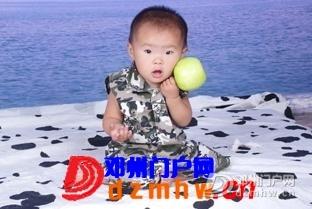 呵呵,看看我家宝宝百天时的发型,像不像肥姐 - 邓州门户网|邓州网 - 720c652a4cd06a1fffe98ddabee9b38f.jpg