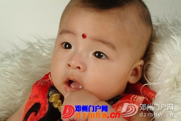 我家宝宝的百日照,前两天去拍的,可爱吧 - 邓州门户网|邓州网 - 0009_L1K5En4XqX0P.jpg