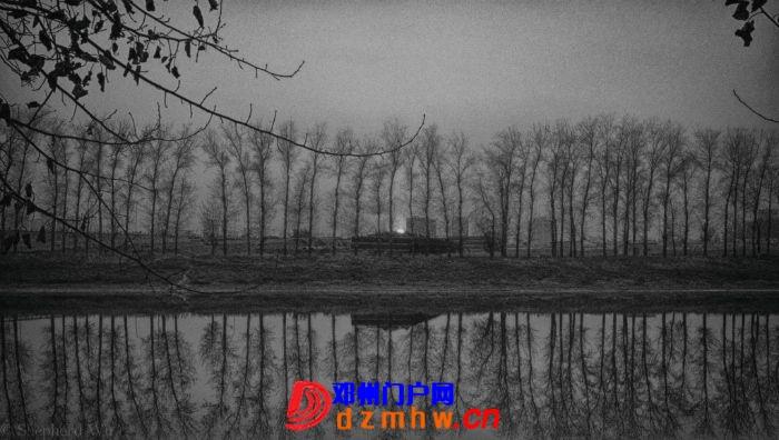 在路上的黑与白 - 邓州门户网|邓州网 - 224648gh6q8zahaxg0q80r.jpg