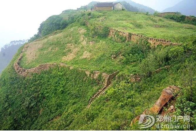 邓州这座距今2690年的楚长城,它的真实面目很多人已经... - 邓州门户网|邓州网 - 0764049149ada2d7403e5dc4dfd1e7bf.jpg