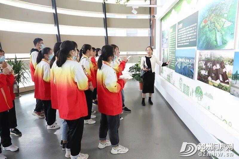 他们走进规划展览馆,感受城市之魂…… - 邓州门户网|邓州网 - 4bf93b5ea25ebb33b3b5b6989ccb99d6.jpg